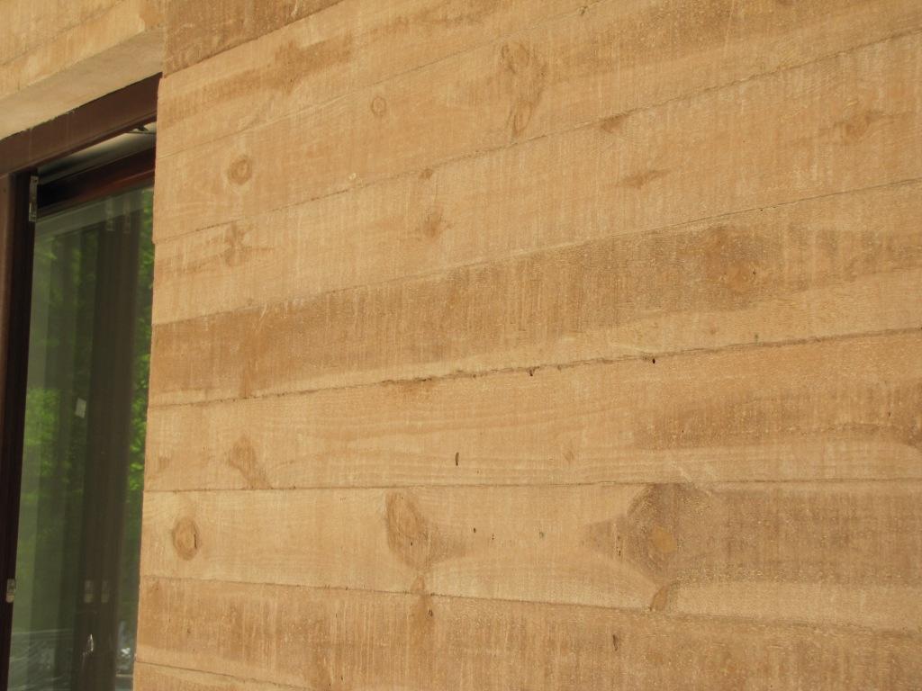 Beton architektoniczny wchodzi do mieszkań