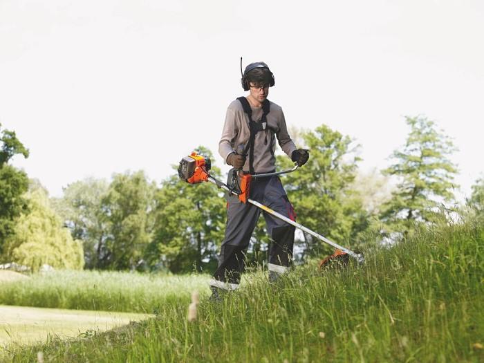 Przygotuj trawnik na chłodniejsze dni