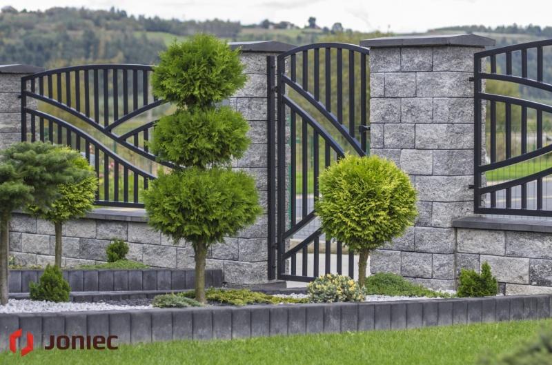 Budowa ogrodzenia – co jest istotne?