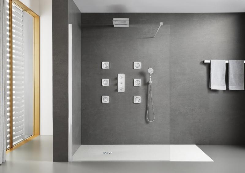 Cichy bohater w łazience