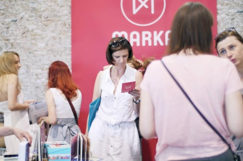 Design w Krakowie = Festiwal Wnętrz + strefa:polski dizajn