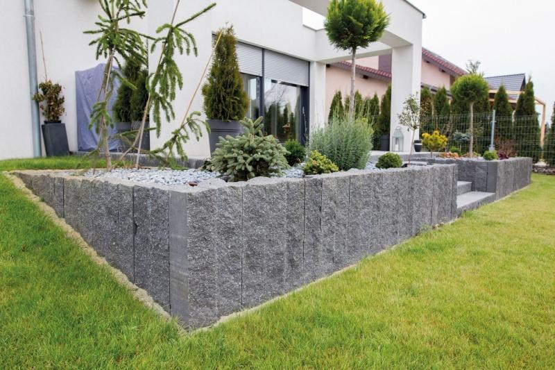 Jak zaaranżować niewielki miejski ogródek?