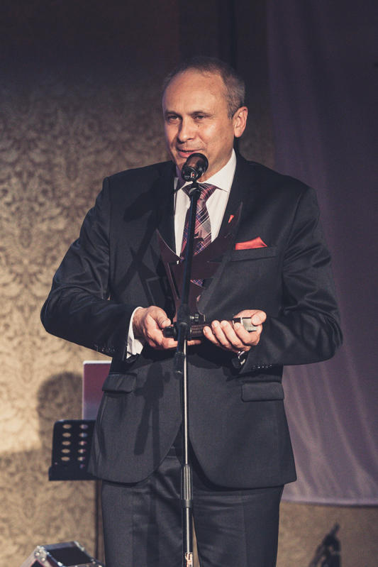 Janusz Komurkiewicz Ekspertem Stolarki Budowlanej Roku 2014