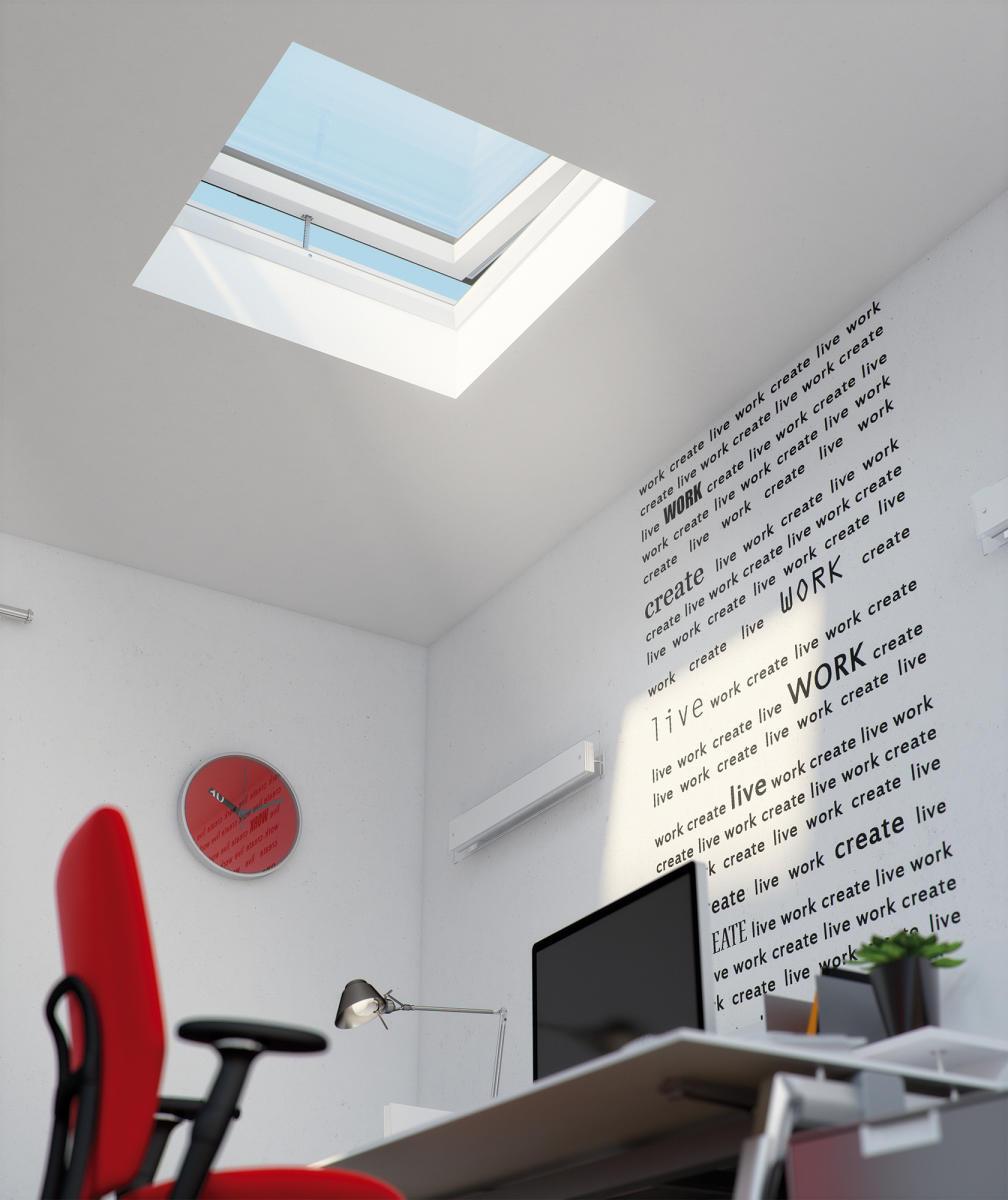 Okno FAKRO do płaskich dachów typu F