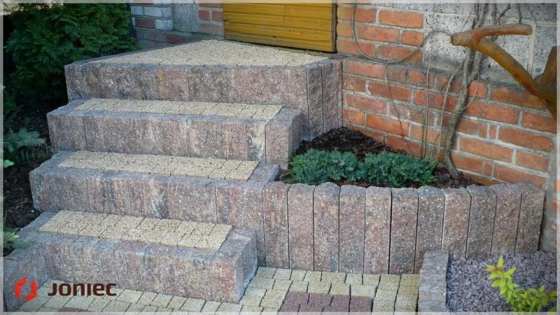 Palisady betonowe uporządkują Twój ogród