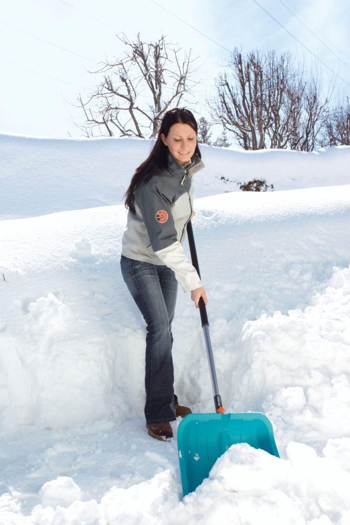 Pozbądź się zalegającego śniegu ze swojego ogrodu!
