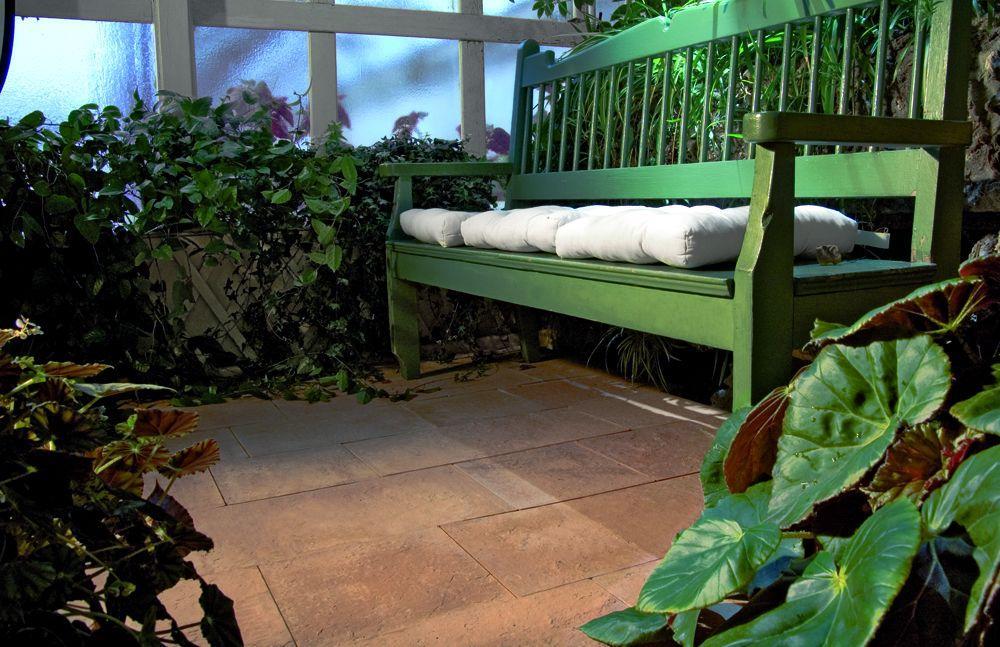 Rustykalne klimaty w nowoczesnym ogrodzie