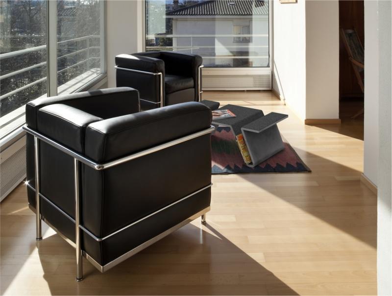 Stoły i stoliki w nowoczesnym salonie – jakie wybrać?
