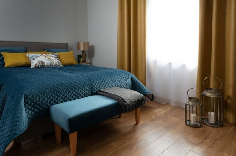 Stwórz sypialnię swoich marzeń – sposoby na jej dekorację