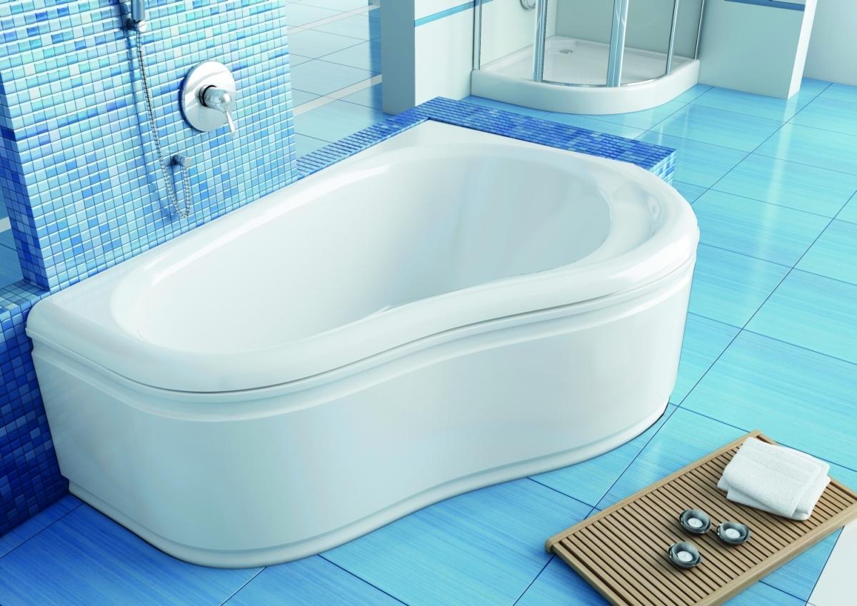 Wybieramy najwygodniejszą i dużą wannę do pokoju kąpielowego