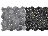 black-intercuro-czarne-otoczaki-mozaika-kamienna-na-siatce-industone